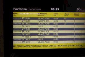 Milano, guasto alla stazione di Porta Garibaldi: treni cancellati o in ritardo