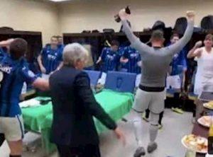 Atalanta agli ottavi di Champions, il balletto di Gasperini è virale VIDEO
