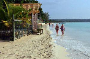 Patrizia Besio uccisa in Giamaica: le due piste della polizia per l'omicidio