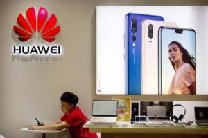"""5G: per i servizi segreti aprire ai cinesi è pericoloso. Huawei: """"Dove sono le prove?"""""""
