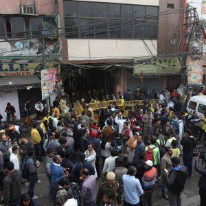 India, ingencio nel mercato affollato di New Delhi: ci sono morti e feriti
