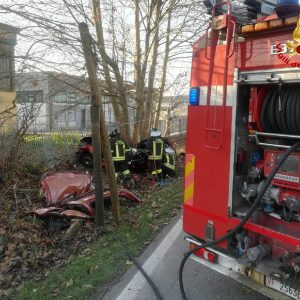 Bonavigo, auto contro albero e muro: morti tre giovanissimi