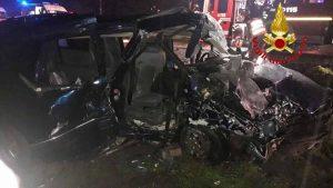 Casaletto Lodigiano, incidente scontro frontale tra 2 auto: morta 16enne, altri 3 ragazzi sono gravi