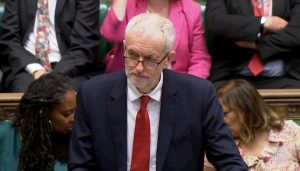 Gran Bretagna vota: pietra tombale sulla sinistra (di Corbyn) delle tasse