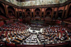 Manovra, la Camera conferma la fiducia con 334 voti a favore