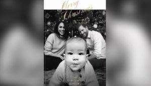 Meghan Markle, Harry e il piccolo Archie nella prima cartolina di Natale