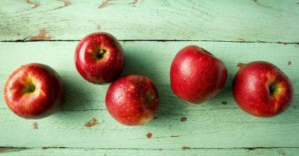 Cosmic Crisp, la mela che in frigo dura un anno. Ibrida, non è un frutto transgenico