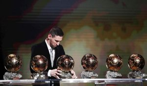 Messi è il numero uno, vince il 6° Pallone d'Oro e stacca Cristiano Ronaldo