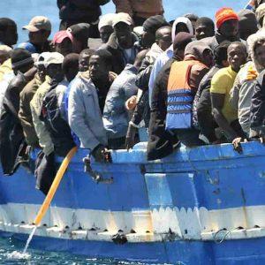 Migranti, redistribuiti in Europa 8 su 10 con Lamorgese