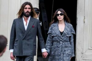 Monica Bellucci torna dall'ex: paparazzata a Parigi con Nicolas Lefebvre