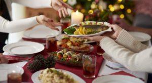 """Natale, tornare in forma dopo le feste? L'esperto: """"No a digiuno, sì a dieta ipocalorica e sport"""""""
