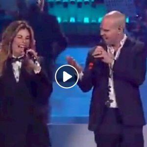 Niccolò Agliardi ospite di 20 anni che siamo italiani: la paternità a tempo, il duetto con Vanessa