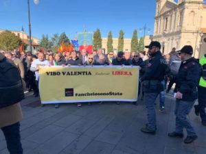 Vibo Valentia, in migliaia alla passeggiata della legalità contro la mafia