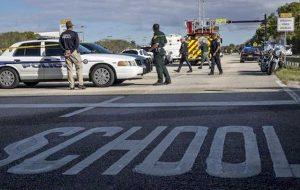 Wisconsin, 17enne a scuola con la pistola: agente gli spara e lo neutralizza