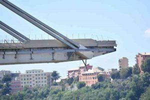 """Ponte Morandi, Tar chiama Corte Costituzionale ma...""""Decreto Genova si basa su colpe non provate di Aspi"""""""