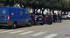 ssalto con fucili ad un portavalori Ivri a Montesilvano (Pescara). E' accaduto intorno alle otto di lunedì 2 dicembre, nei pressi della filiale della Banca di Credito Cooperativo Abruzzese di via Vestina.