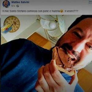 """Matteo Salvini contro la Nutella: """"Usano nocciole turche"""". Eppure la mangiava..."""