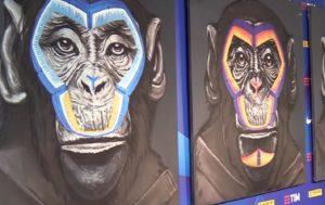Vittorio Sgarbi a Fugazzotto, l'artista delle scimmie contro il razzismo