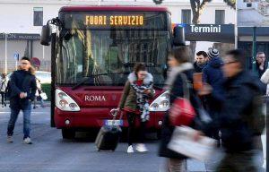 Sciopero Atac e Cotral a Roma: lunedì 9 dicembre a rischio bus, metro e treni