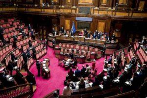 Dl Fisco è legge: Senato vota fiducia con 166 sì. Rc Auto, tetto contante, 730 a settembre: tutte le novità