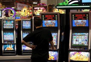 Slot Machine, Ansa