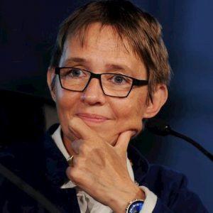 """Susanna Tamaro si ritira dalla vita pubblica: """"La sindrome di Asperger mi toglie le energie"""""""