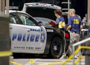"""Texas, sparatoria in chiesa durante la messa. A neutralizzare il killer due parrocchiani """"eroi"""""""