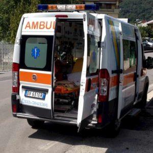 Poggio a Caiano, auto si schianta su un muro: morta 73enne alla guida