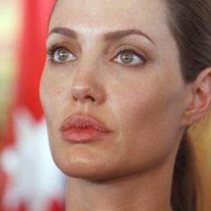 Angelina Jolie, Ansa
