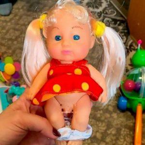 Bambola transgender scovata in un negozio in Siberia. Genitori russi in rivolta