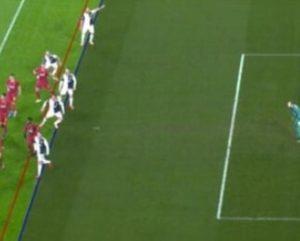 Juventus-Roma, gol Bonucci è regolare: ecco perché FOTO