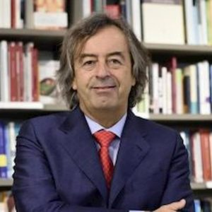 """Roberto Burioni, tweet su Zaniolo fanno discutere: """"Torni presto per godersi dodicesimo anno senza trofei della Roma"""""""