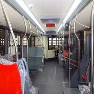 Bari, autista bus picchiato da due ragazzi: gli aveva chiesto di non fumare sul mezzo