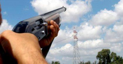 Barberino di Mugello, cade in dirupo e parte un colpo dal suo fucile: morto un cacciatore