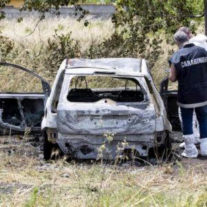 Torremaggiore (Foggia), cadavere carbonizzato di un uomo in auto