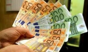 Contanti, da luglio oltre 2mila euro non si può: a chi sgarra super multe da 3mila a 50mila euro