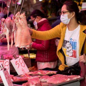 Coronavirus: 170 morti e 8mila contagi. In Cina Ikea e Starbucks chiusi. Toyota ferma la produzione
