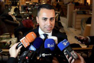 M5s, Luigi Di Maio si dimette da capo politico. Ipotesi Vito Crimi reggente