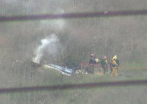 """Kobe Bryant, la ricostruzione dell'incidente: elicottero in """"volo a vista"""" per la fitta nebbia, poi lo schianto"""