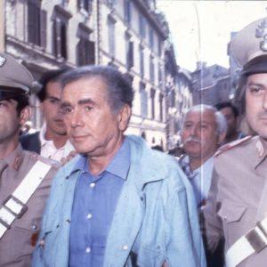 """""""Gli innocenti non vanno in carcere"""". Se è per questo quello di Tortora non fu errore giudiziario..."""
