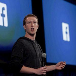 Facebook, tonfo a Wall Street dopo i conti trimestrali. Bruciati 50 mld di dollari