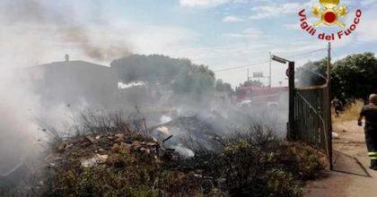 Muro Lucano, dà fuoco alle sterpaglie: 60enne muore avvolto dalle fiamme