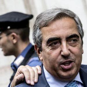 """Concessioni balneari, Gasparri: """"Il governo deve dire chi se ne occupa e trovare una soluzione"""""""