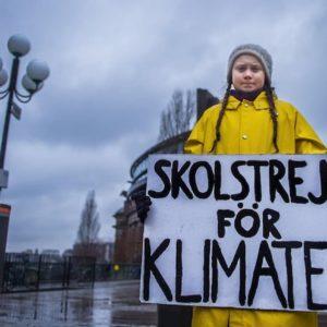 """Greta Thunberg diventerà un marchio registrato: """"Troppi lo sfruttano per scopi commerciali"""""""