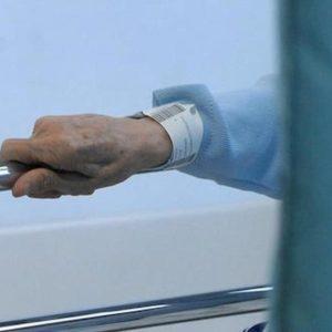 Alessandria, Giuseppe Prevignano spara alla moglie malata terminale nell'hospice e si uccide