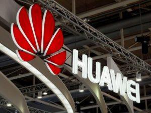 """5G, la Gran Bretagna dice sì a Huawei. Usa: """"Siamo delusi"""""""