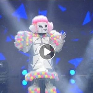 Il Cantante Mascherato: il barboncino alla fine è Arisa. C'è chi diceva Alexia...
