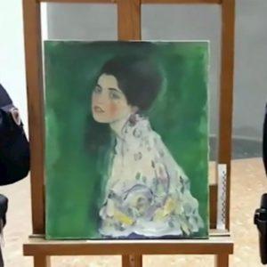 """Klimt ritrovato a Piacenza, due uomini confessano: """"Il quadro lo avevamo rubato noi"""""""