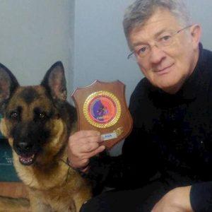Terremoto Amatrice: addio a Laga, il cane eroe che scavò tra le macerie