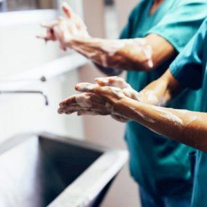 Coronavirus, i consigli dell'Oms: come lavarsi (bene) le mani